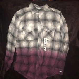 Flannel button down shirt XS NEW WITH Tags Zumiez